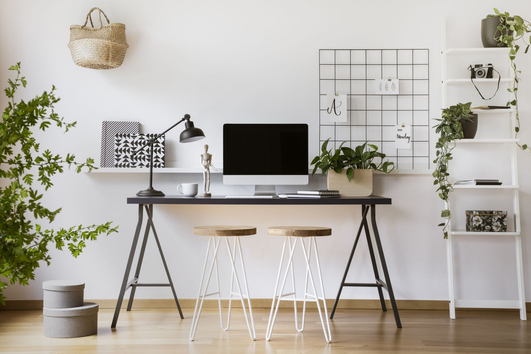 10 DIY Home Office Decor Ideas - Best Home Office Decor Projects - Home Office Table Ideas
