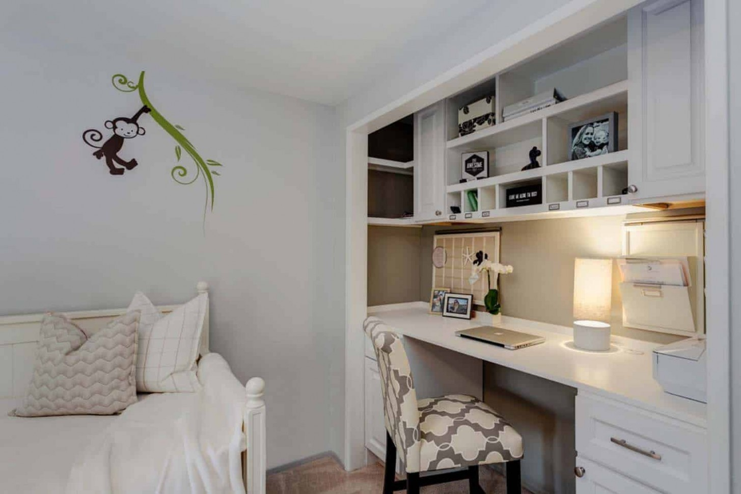 10 Fabulous ideas for a home office in the bedroom - Home Office Ideas Small Bedroom