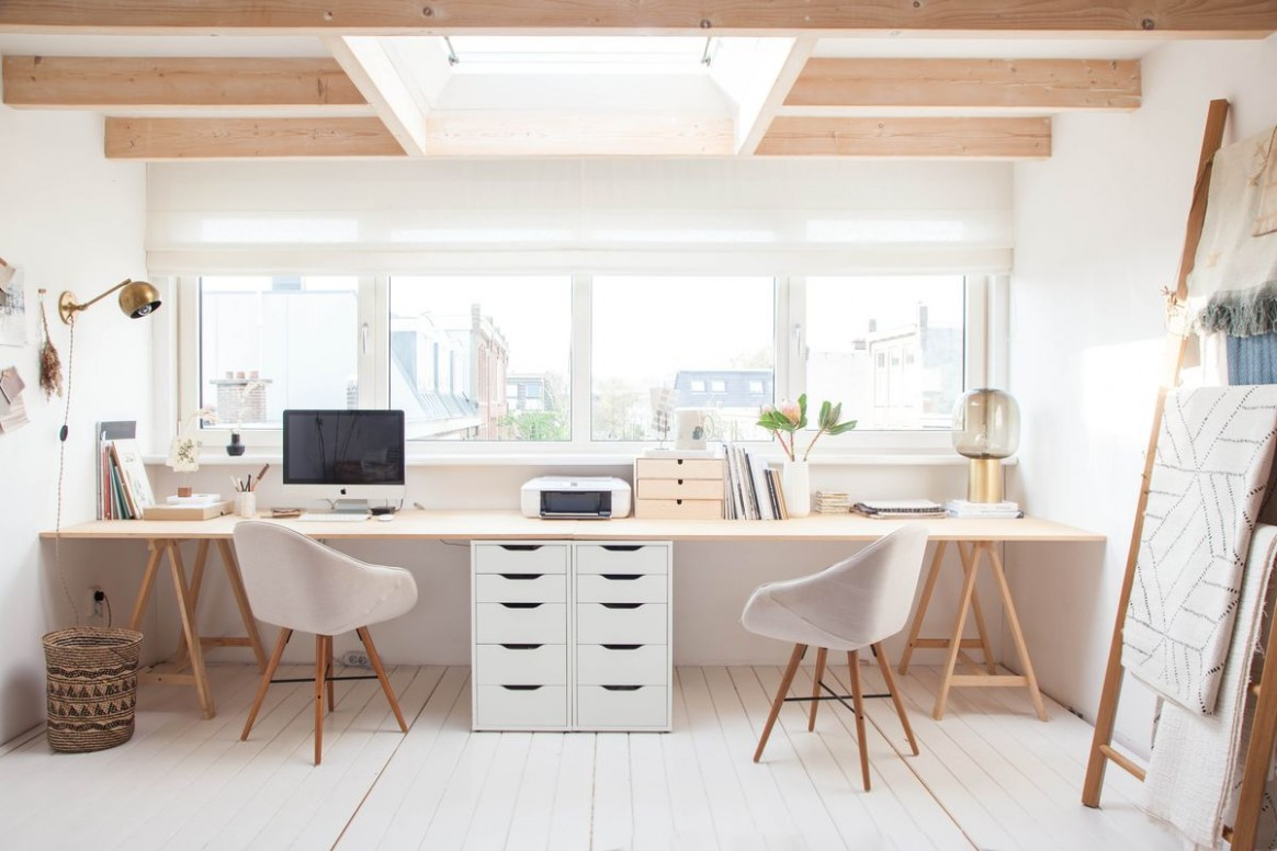 10 Inspirational Home Office Workspaces That Feature 10 Person Desks - Home Office Ideas For Two Desks