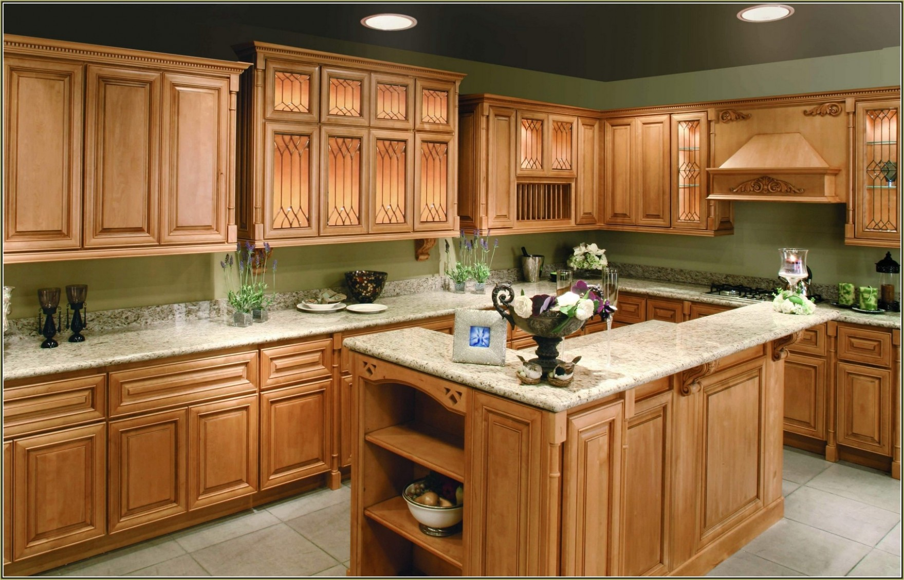 12 Attractive Kitchen with Maple Cabinets Color Ideas - Gongetech - Best Kitchen Wall Colors With Maple Cabinets