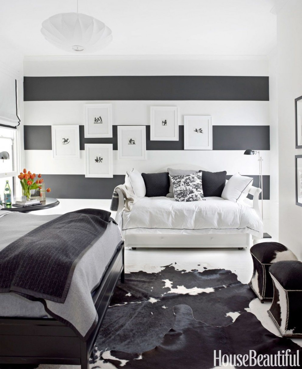 12 Beautiful Black and White Bedroom Ideas - Black and White Decor - Bedroom Ideas Black And White