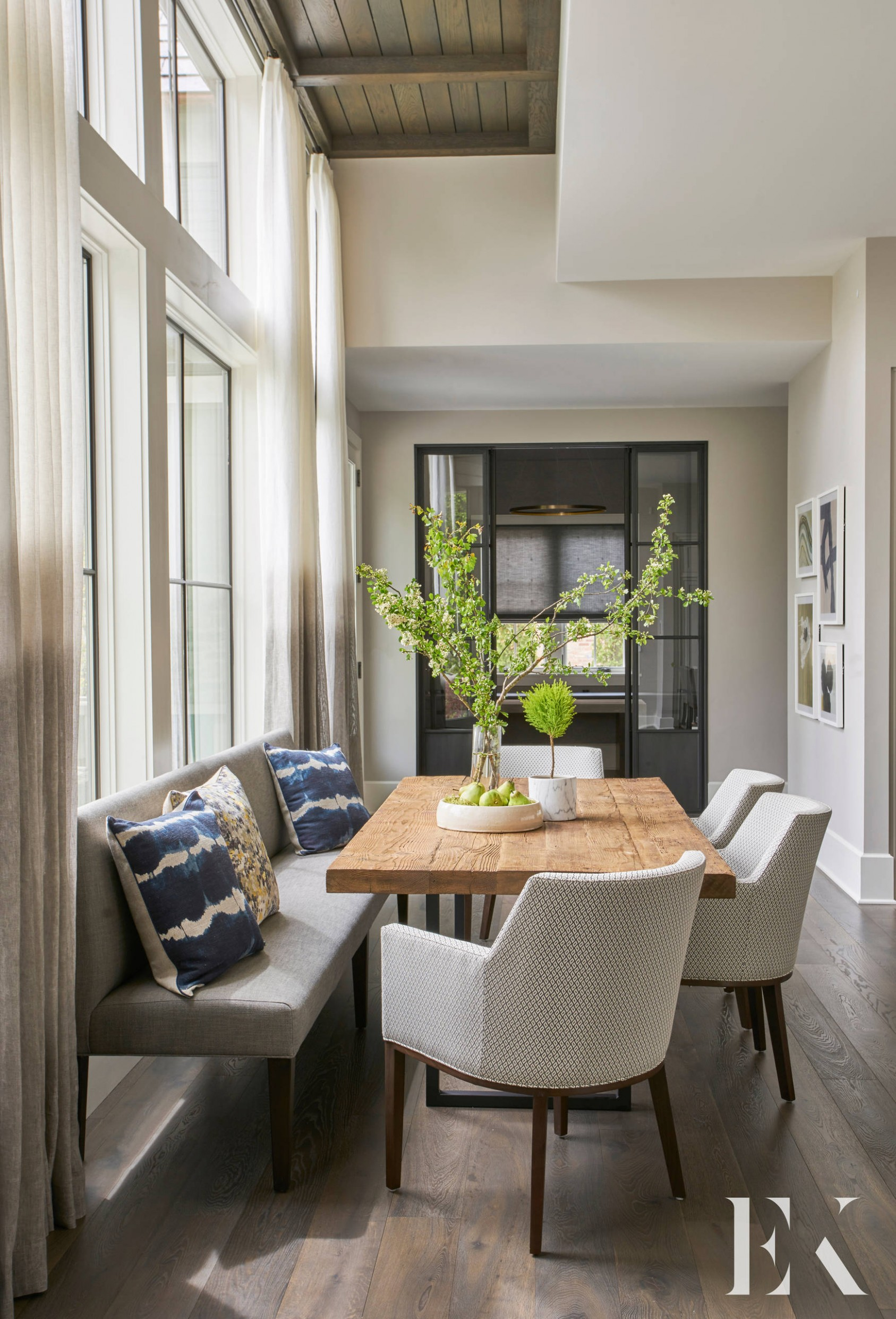 12 Beautiful Modern Dining Room Pictures & Ideas - November, 12  - Dining Room Decor Ideas Modern