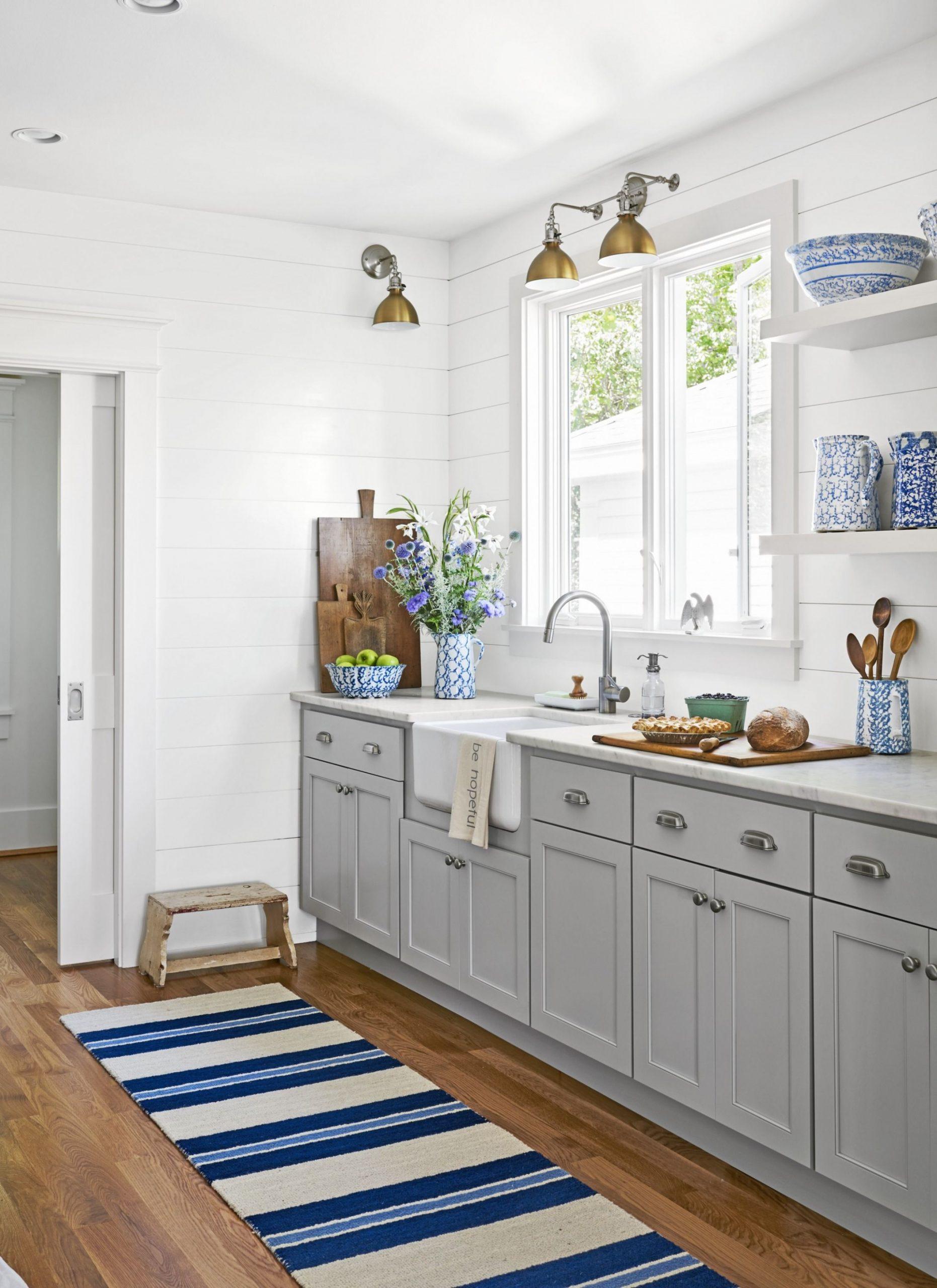 12 DIY Kitchen Cabinet Hardware Ideas — Best Kitchen Cabinet Hardware - Long Cabinet Pulls Kitchen