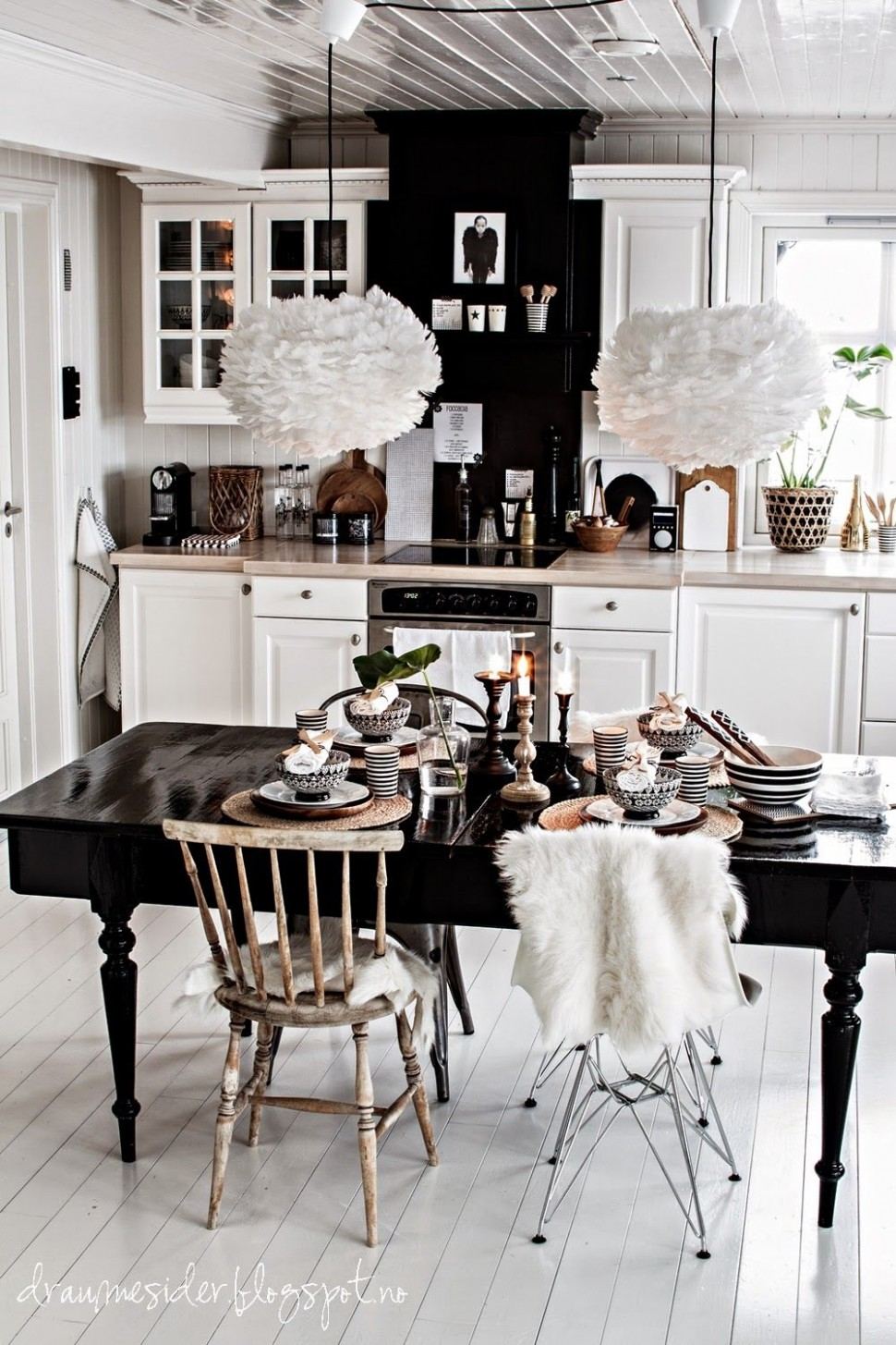 12 Gorgeous Black Dining Tables for Your Modern Dining Room  - Dining Room Ideas With Black Table