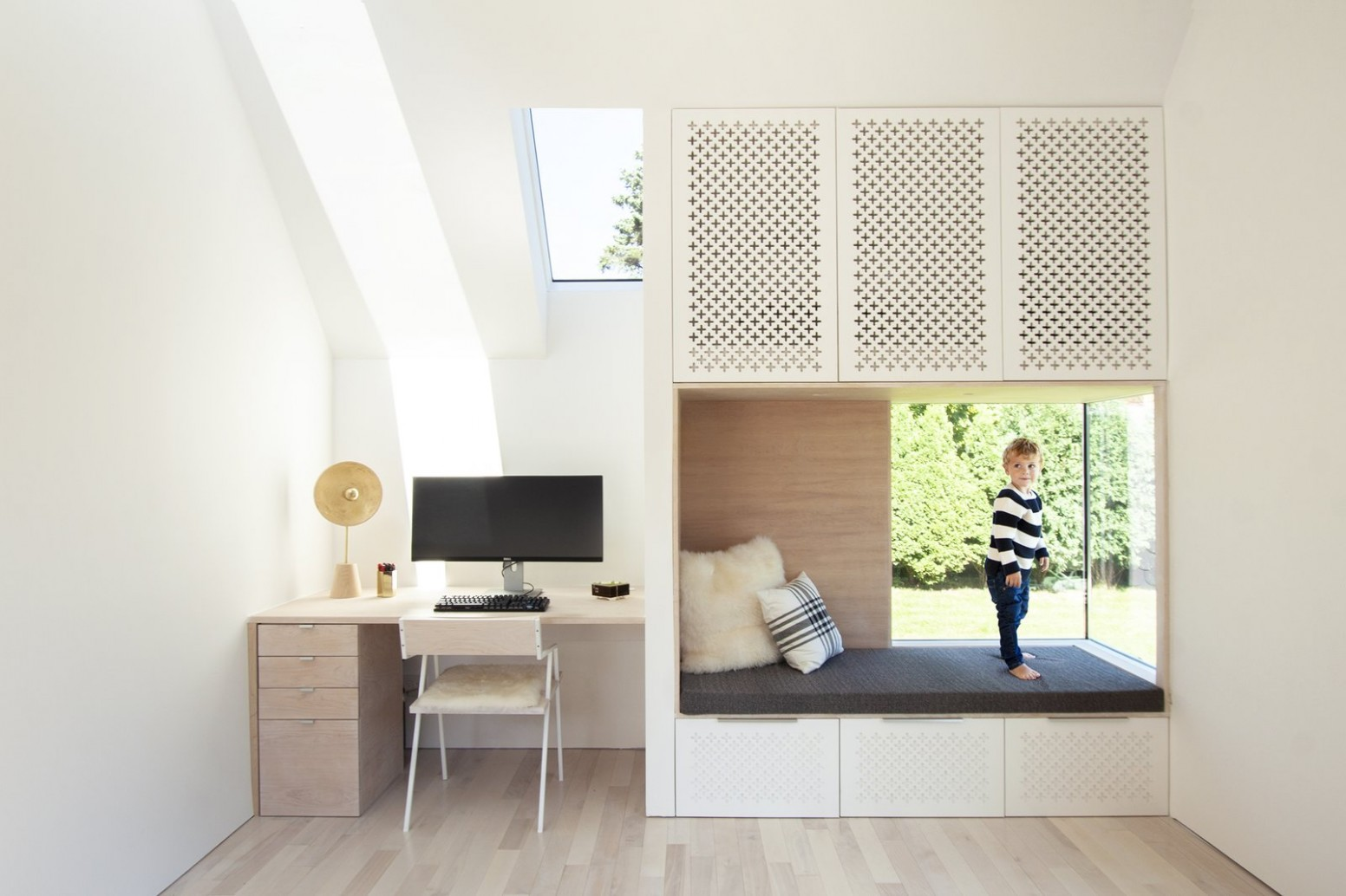 12 Home Office Designs & Decorating Ideas — Dwell - Dwell - Home Office Ideas Loft