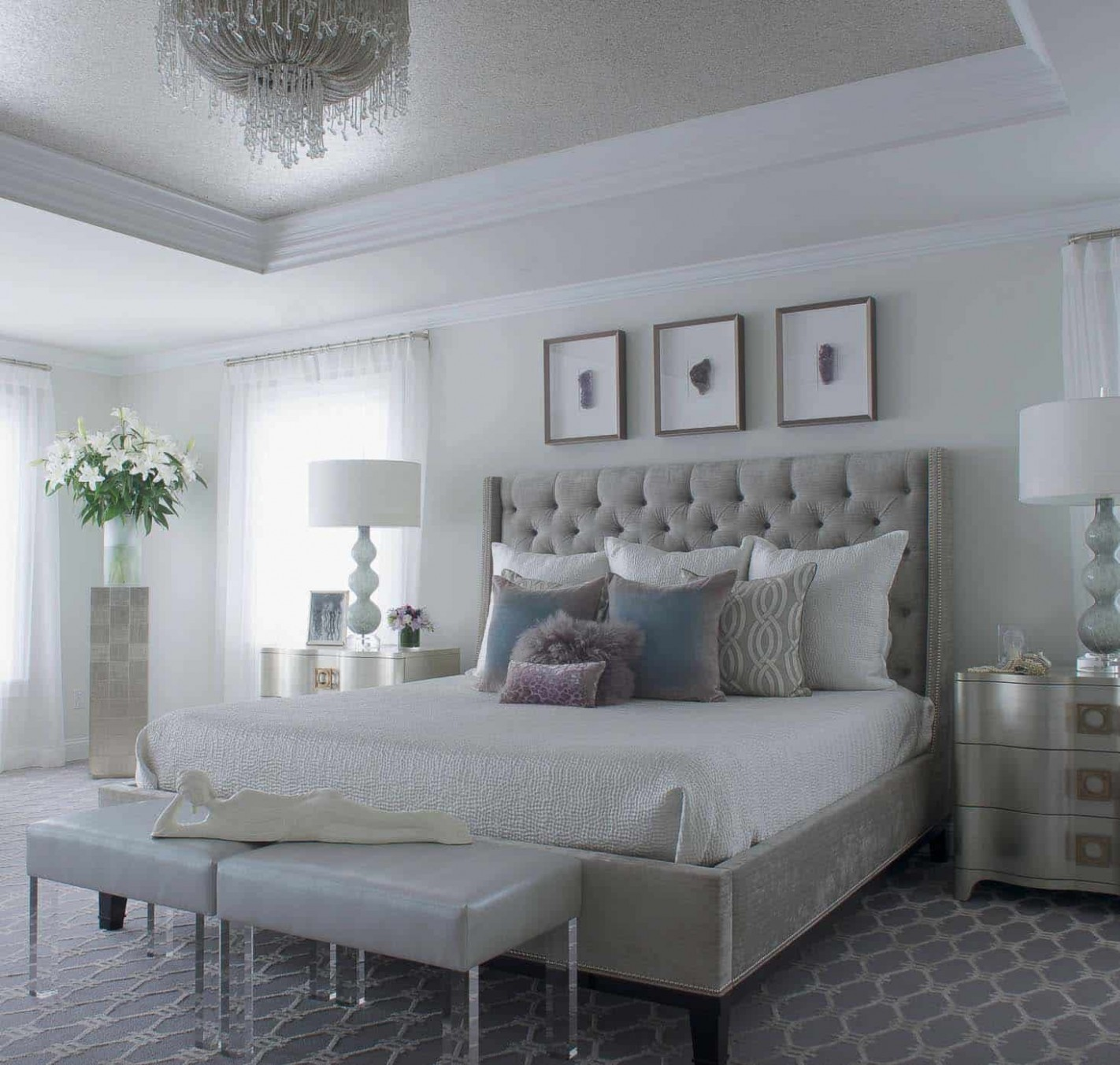 12+ Serene And Elegant Master Bedroom Decorating Ideas - Wall Decor Ideas Master Bedroom