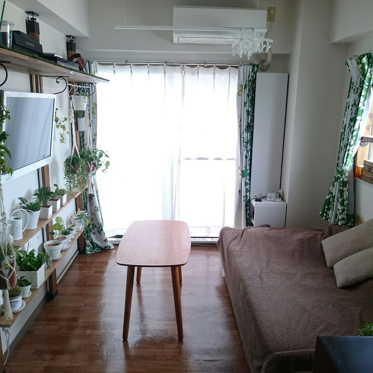 12 Simple Ideas for Decorating a Small Japanese Apartment - Blog - Small Apartment Japanese Design