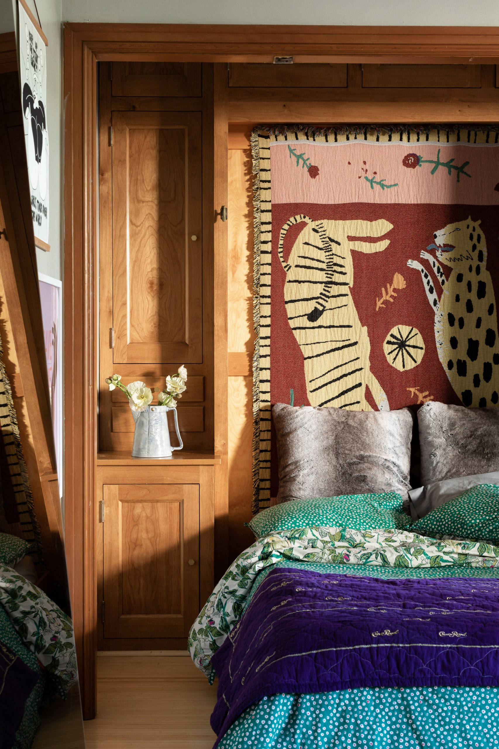 12 Small Bedroom Ideas - How to Decorate a Small Bedroom  - Bedroom Ideas Apartment Therapy