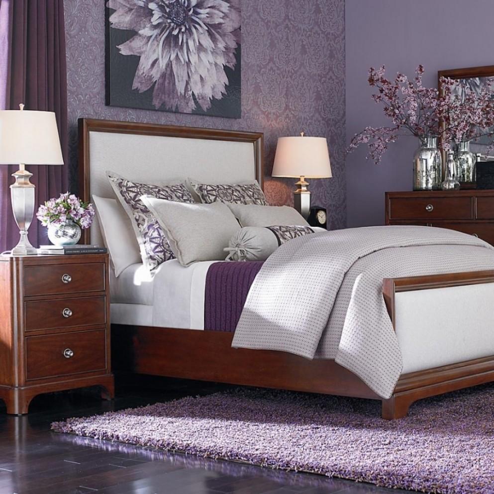 12 top purple walls bedroom intended for Master Bedroom Decorating  - Bedroom Ideas Lavender