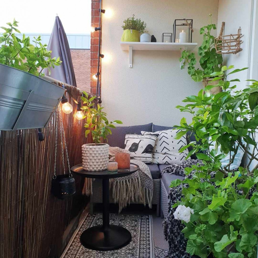 12 Ways to Make the Most of Your Tiny Apartment Balcony - Balcony Ideas For Apartments
