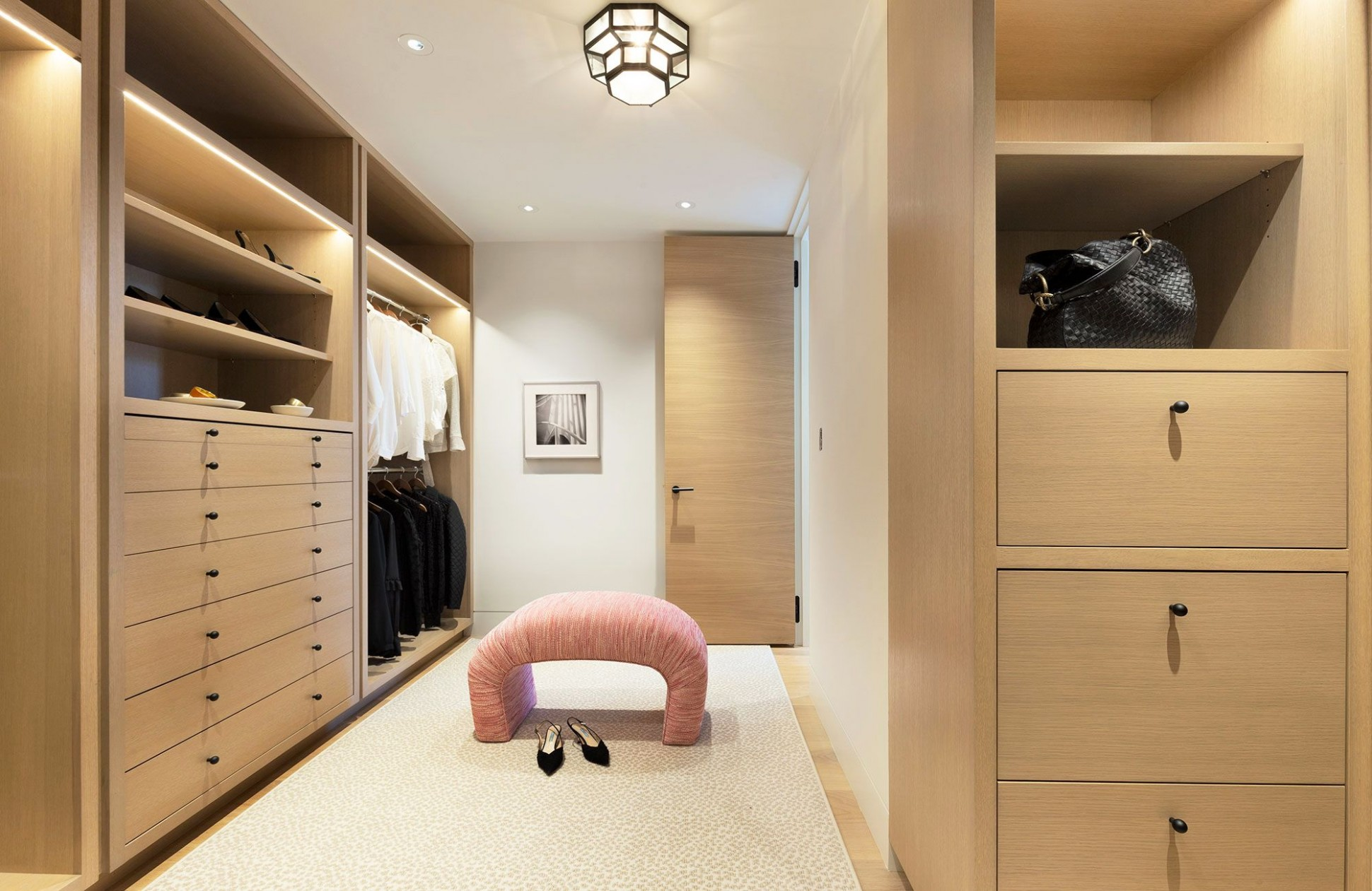 8 Best Walk In Closet Storage Ideas and Designs for Master Bedrooms - Closet Ideas Master Bedroom
