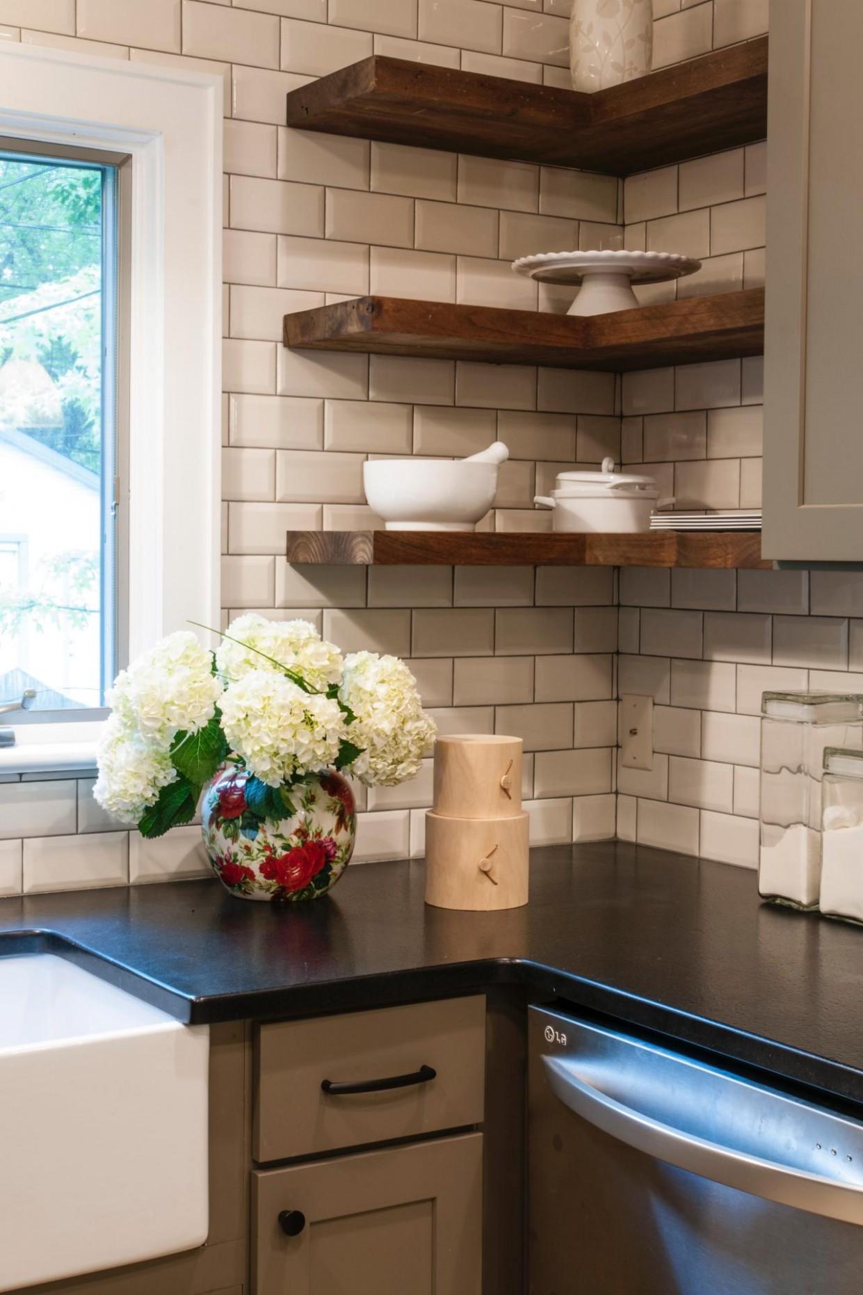 8 Corner Cabinet Ideas That Optimize Your Kitchen Space - Corner Hanging Kitchen Cabinet