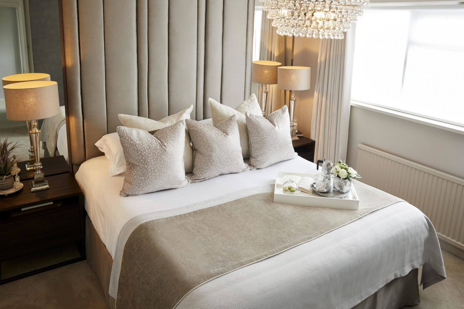 8 WAYS TO ACHIEVE A LUXURY BOUTIQUE HOTEL-STYLE BEDROOM - GIRL  - Bedroom Ideas Hotel Style