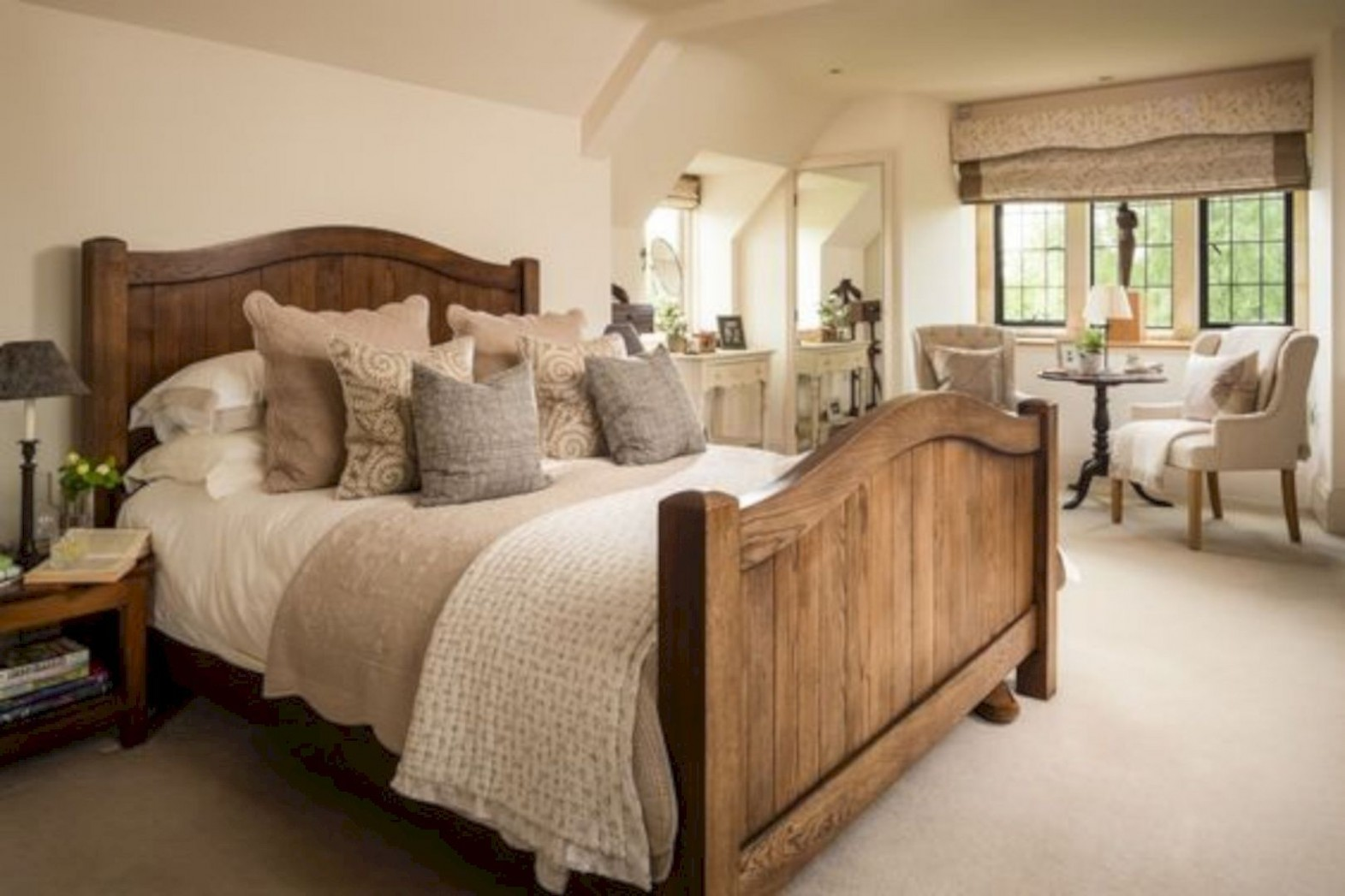 9 Amazing English Country Room Decoration Ideas  Country cottage  - Bedroom Ideas Cream