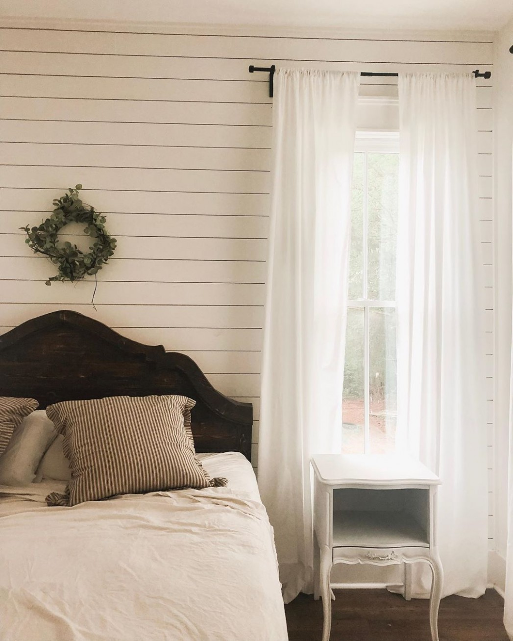 9 Best Bedroom Curtain Ideas - Easy Ideas for Bedroom Window  - Window Ideas For Bedroom