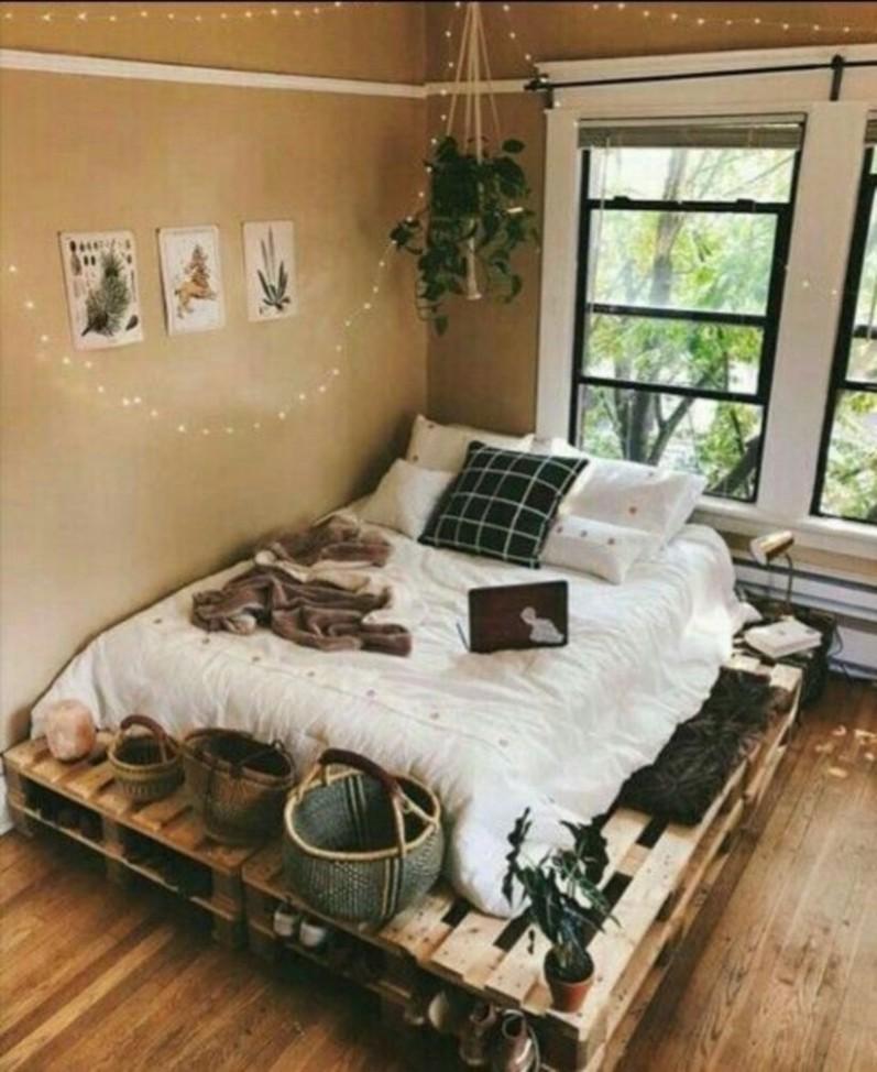 9 Cozy Diy Apartment Decor Ideas - DECOONA  Bedroom design  - Apartment Decor Ideas Diy