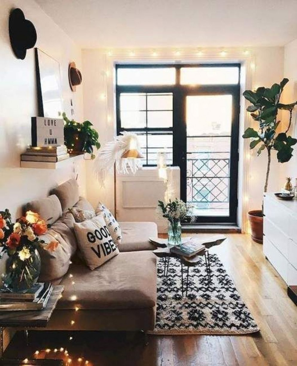 9 Unique Small Apartment Decorating Ideas On A Budget  College  - Small Apartment Decorating Ideas Boho