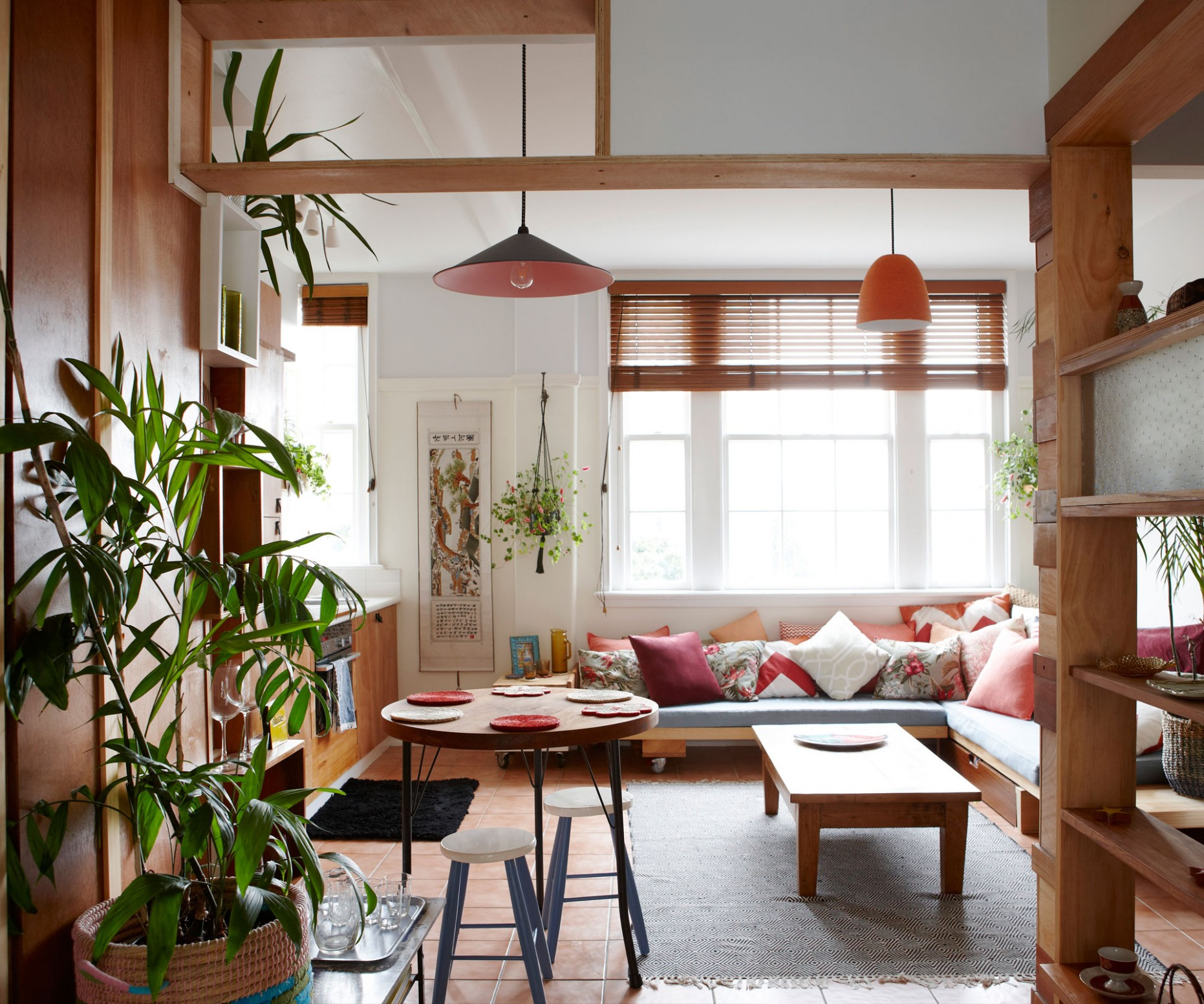 A tiny inner-city apartment gets a Japanese inspired makeover on a  - Small Apartment Japanese Design