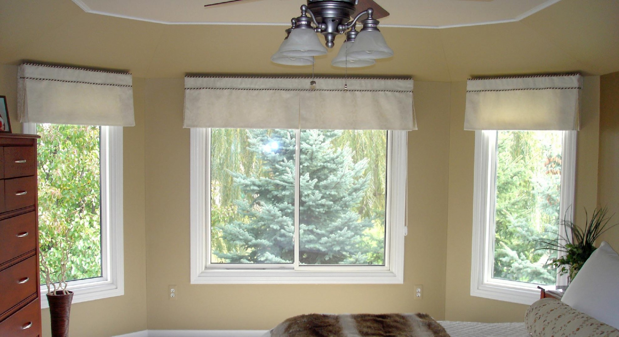 Bedroom Valances For Windows  Window Treatments Design Ideas - Window Valance Ideas For Bedroom