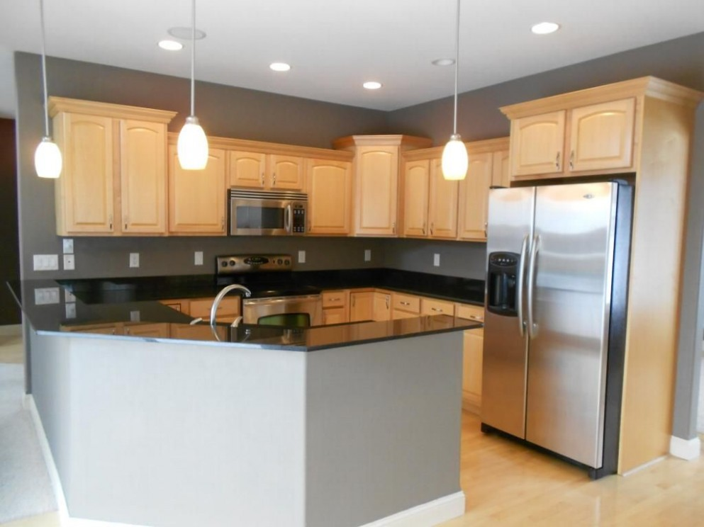 Black Granite Countertop Maple Cabinets  Maple kitchen cabinets  - Best Kitchen Wall Colors With Maple Cabinets