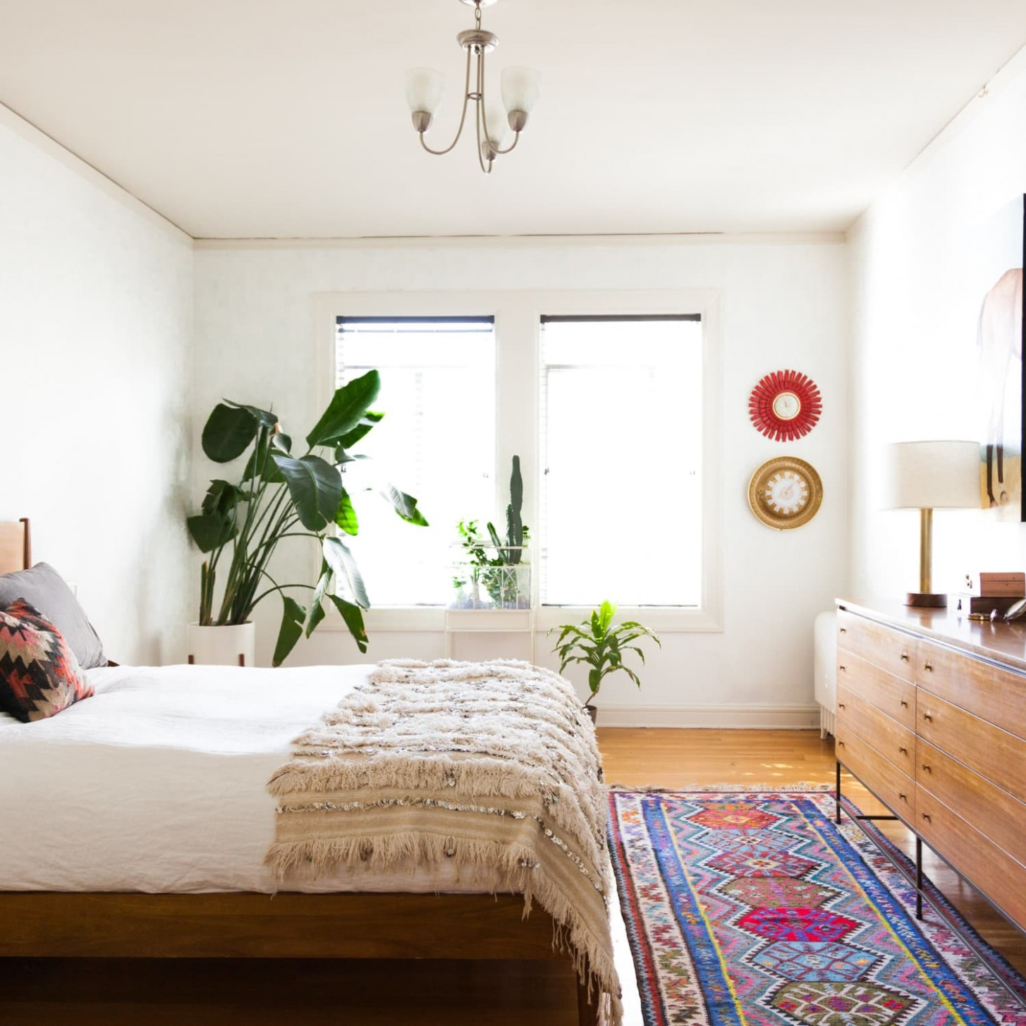 Common Bedroom Design Mistakes We Should Stop Making  Apartment  - Bedroom Ideas Apartment Therapy