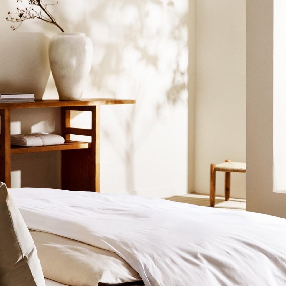 Cream bedroom ideas - beautiful ways to nestle in neutrals - Zara Bedroom Ideas