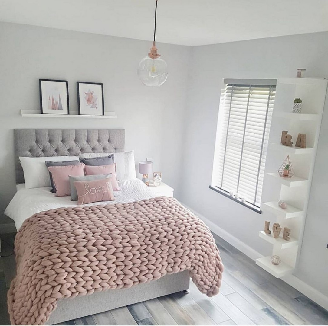Create a great atmosphere in your bedroom