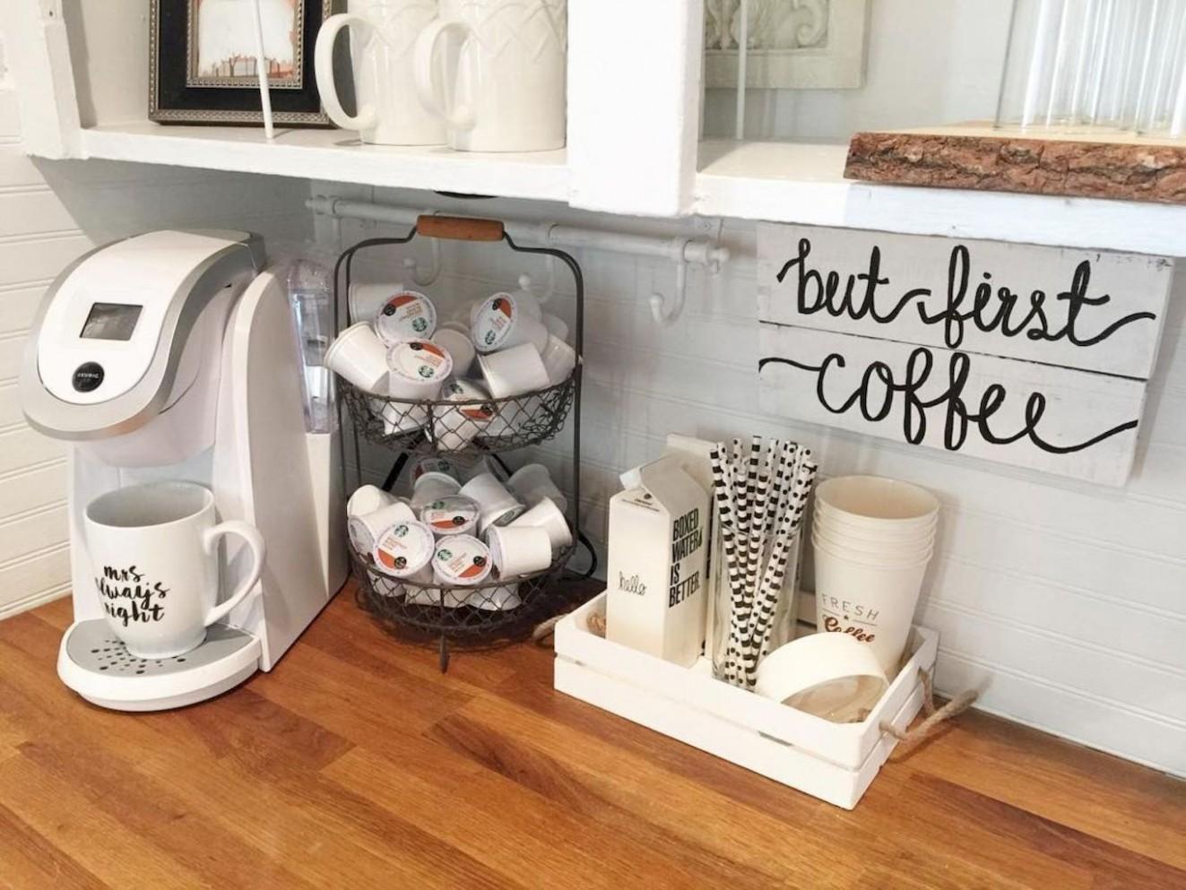 Cute diy collage apartment decor ideas on a budget (10)  Diy  - Apartment Kitchen Decorating Ideas On A Budget