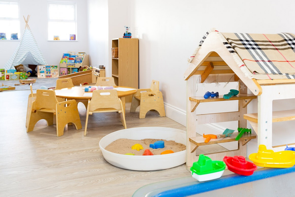 Day Nursery Cowlersley  Childcare Cowlersley  @ Cowlersley Lane - Baby Room Huddersfield