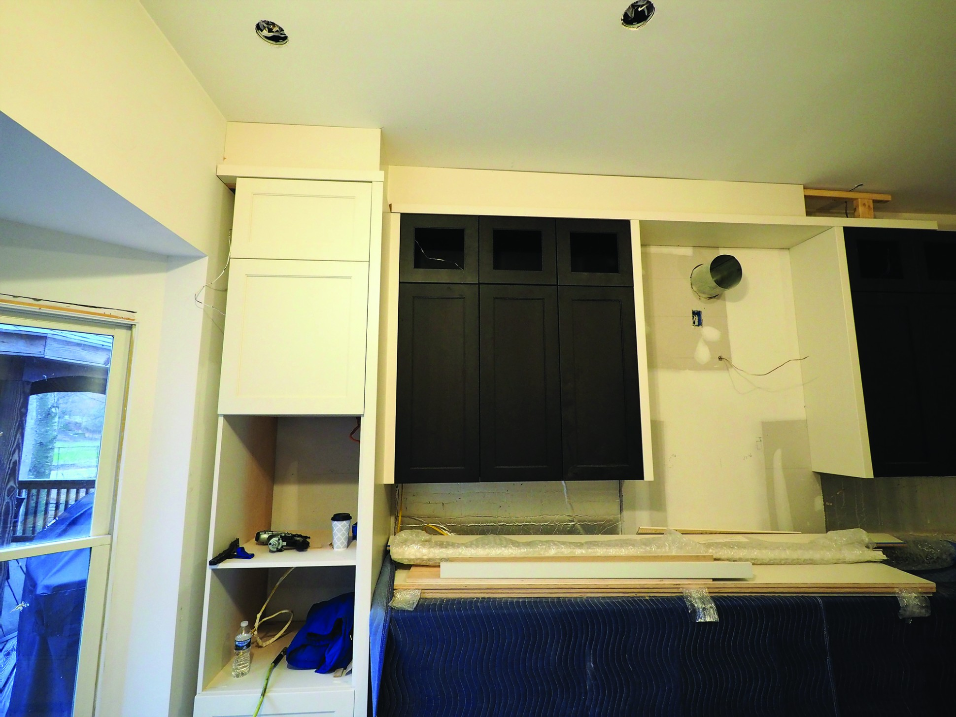 Dealing With Out-of-Level Kitchen Ceilings  JLC Online - Kitchen Cabinets Not Level
