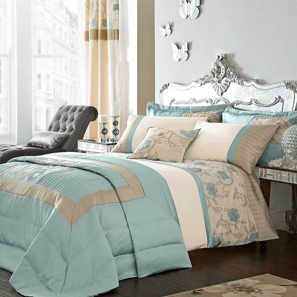 Duck egg blue decor - All 11 Women  Duck egg blue bedroom  - Bedroom Ideas Using Duck Egg Blue