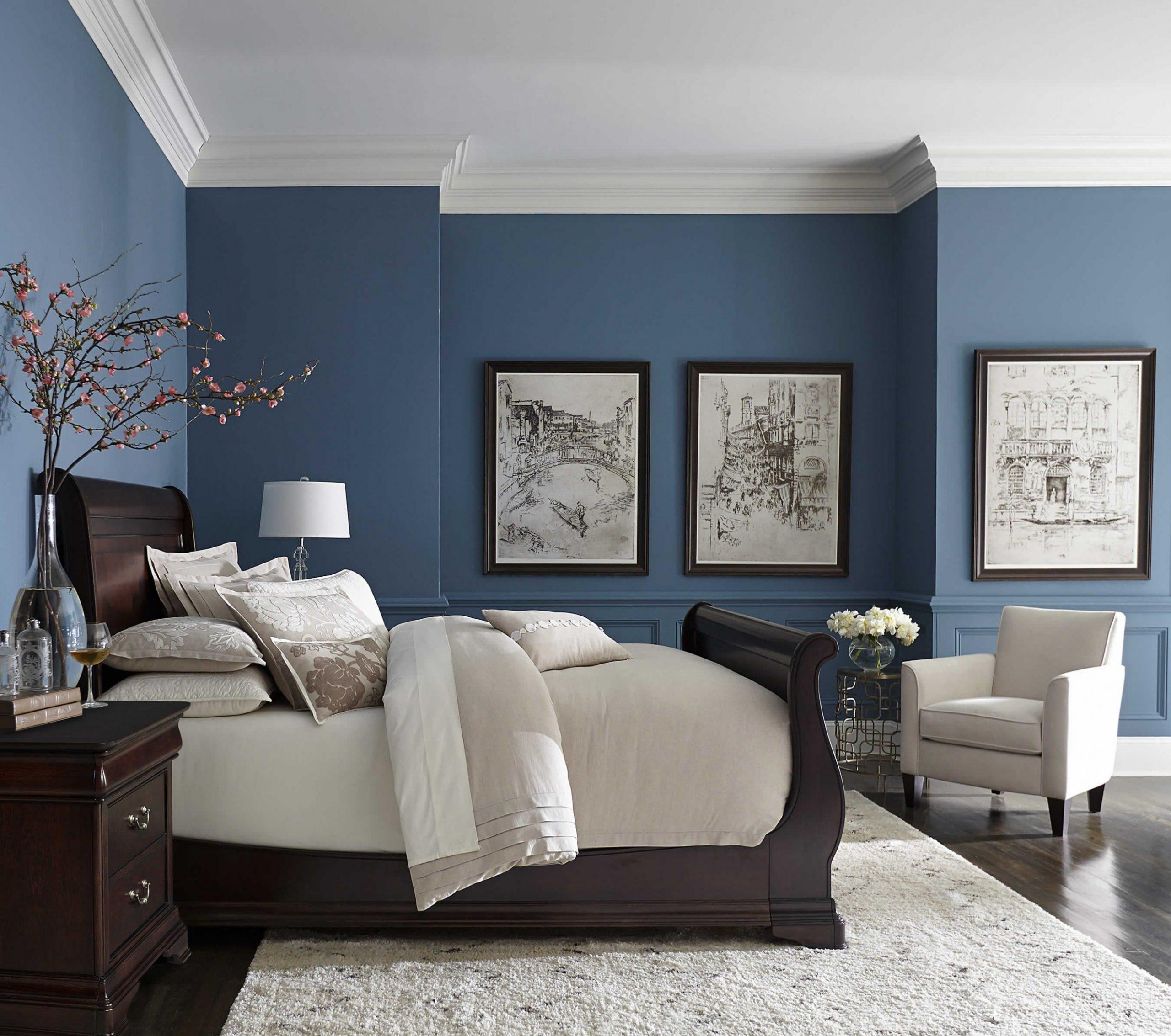 Effortlessly Elegant  Small master bedroom, Master bedrooms decor  - Bedroom Ideas Blue