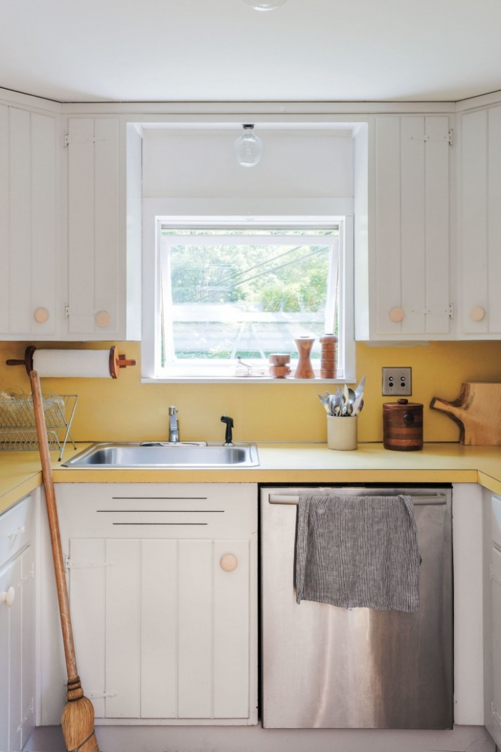 Expert Tips on Painting Your Kitchen Cabinets - What Paint Sheen To Use On Kitchen Cabinets