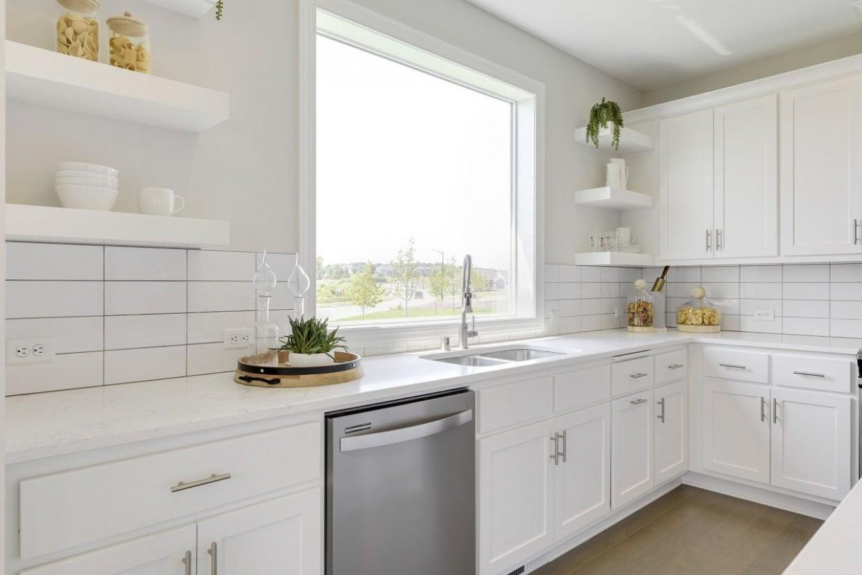 Hanson Builders - Everest Kitchen in 11  Kitchen inspirations  - Hanson Kitchen Cabinets