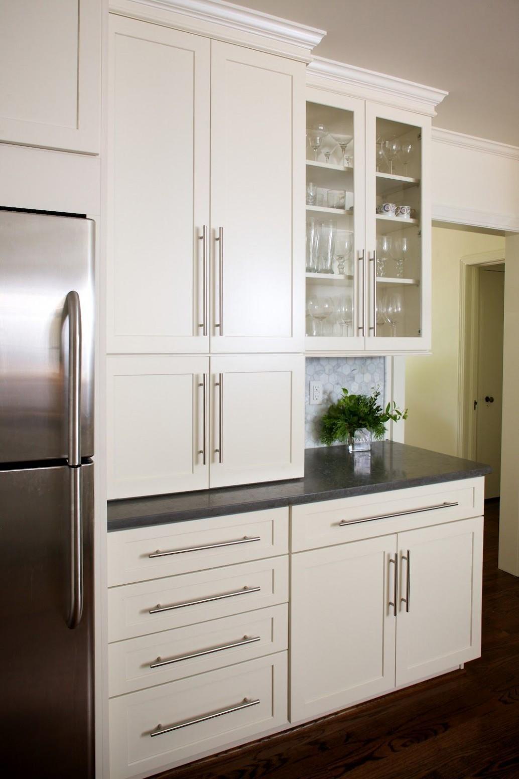 Haven and Home: August 12  White modern kitchen, White kitchen  - Long Cabinet Pulls Kitchen
