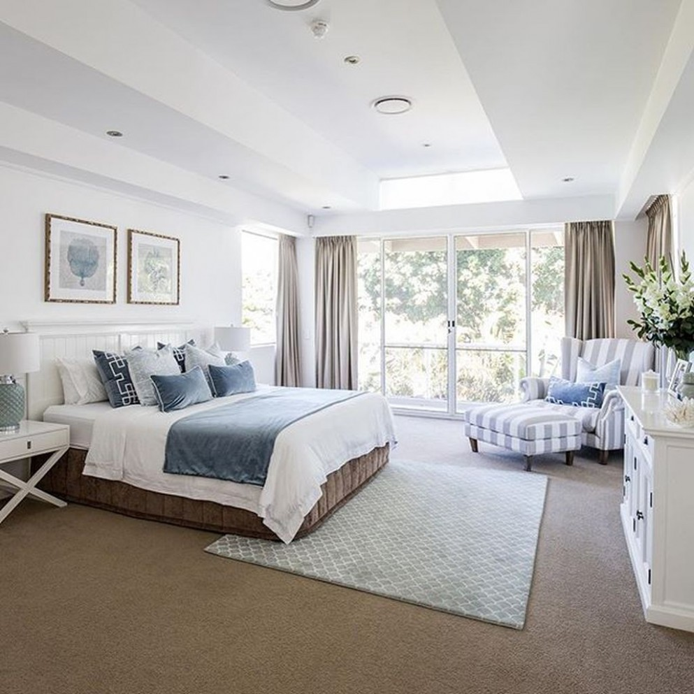 Here are 12 genius master bedroom decorating ideas that are simple  - Bedroom Ideas Hampton Style