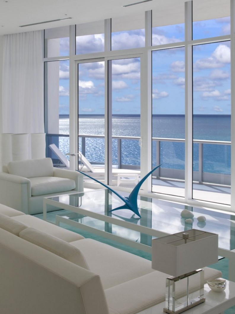 How to Decorate a Room with Floor-to-Ceiling Windows - Apartment Design Large Windows