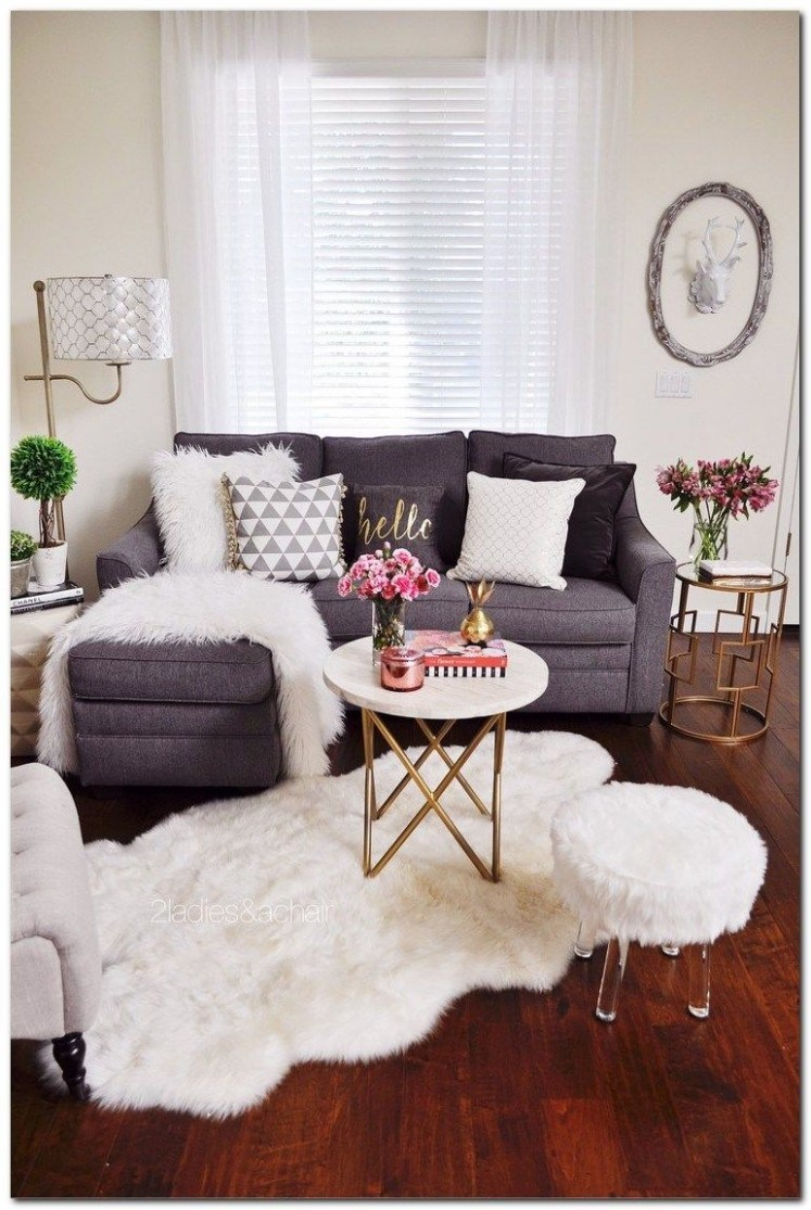How to Decorating Small Apartment Ideas on Budget - The Urban  - Living Room Ideas For Apartment