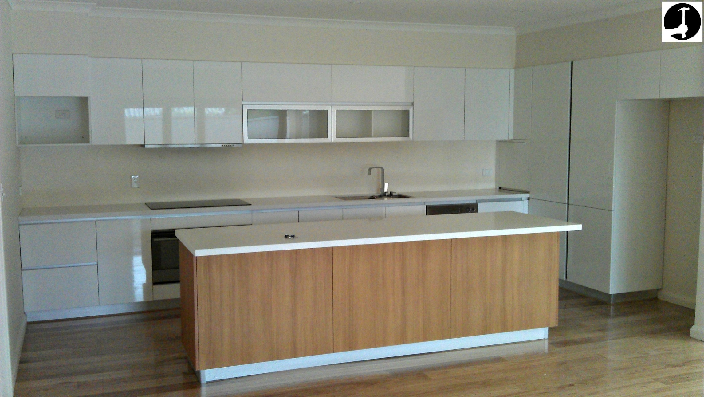 How to install a kitchen like a pro! Perfectly level and doors aligned - Kitchen Cabinets Not Level