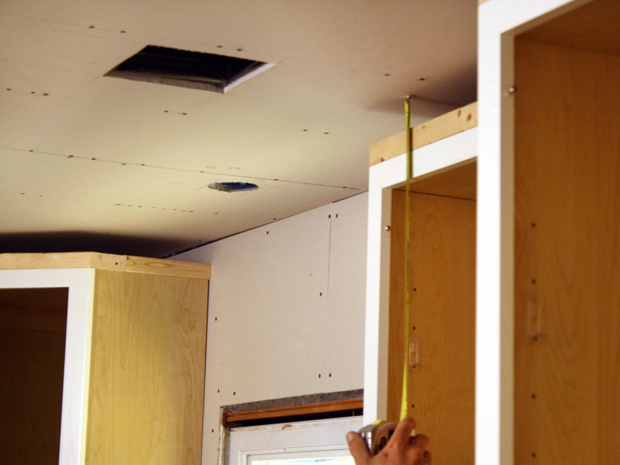 How to Install Kitchen Cabinet Crown Molding  how-tos  DIY - How To Attach Crown Moulding To Kitchen Cabinets