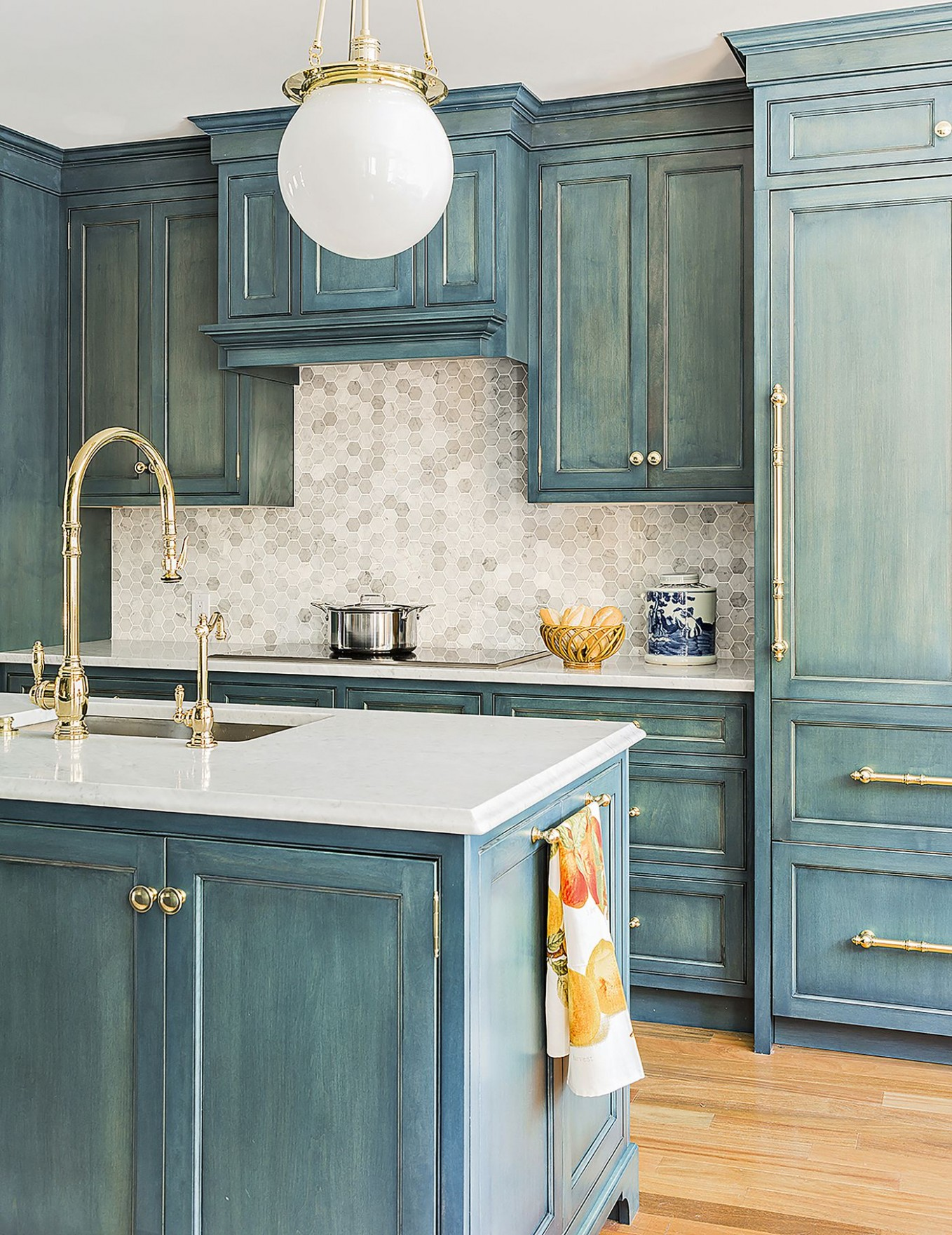 How to Paint Kitchen Cabinets in 11 Steps - This Old House - Is It Possible To Paint Kitchen Cabinets