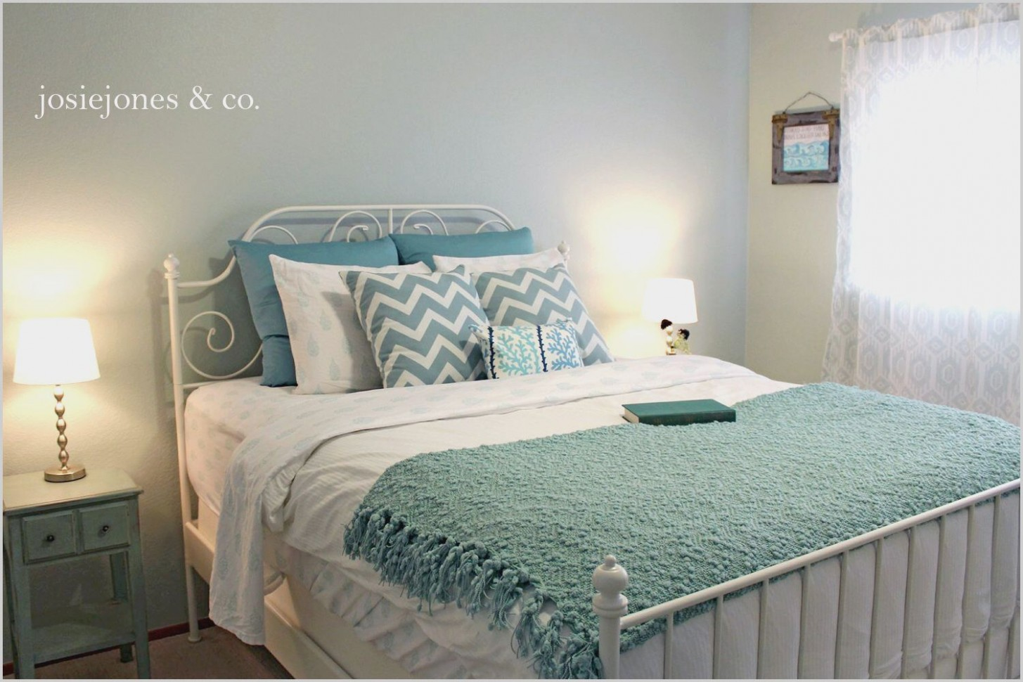 Ideas for Duck Egg Blue Bedrooms in 11  Blue bedroom decor  - Bedroom Ideas Using Duck Egg Blue
