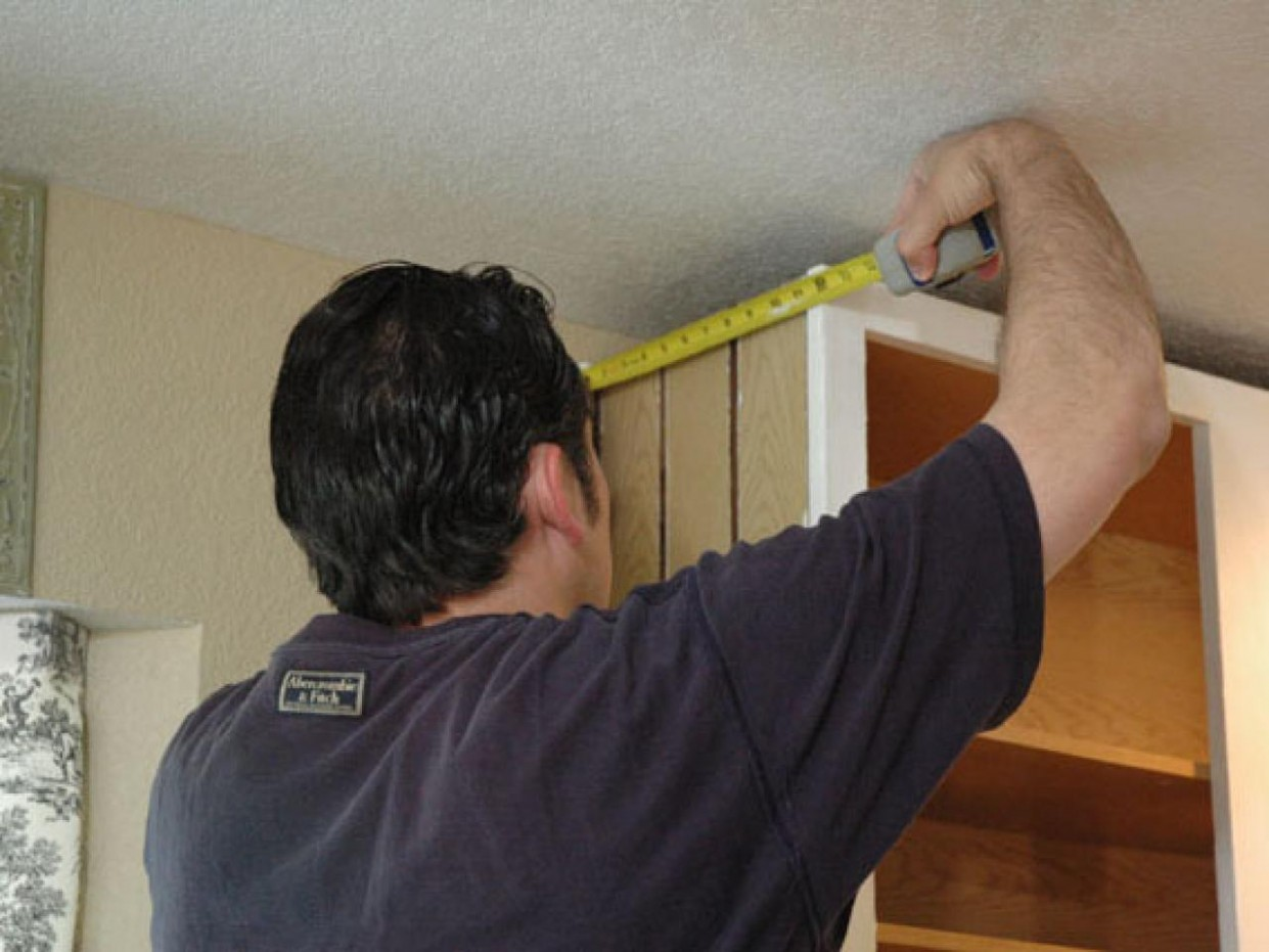 Install Crown Molding on Kitchen Cabinets  how-tos  DIY - How To Install 2 Piece Crown Molding On Kitchen Cabinets