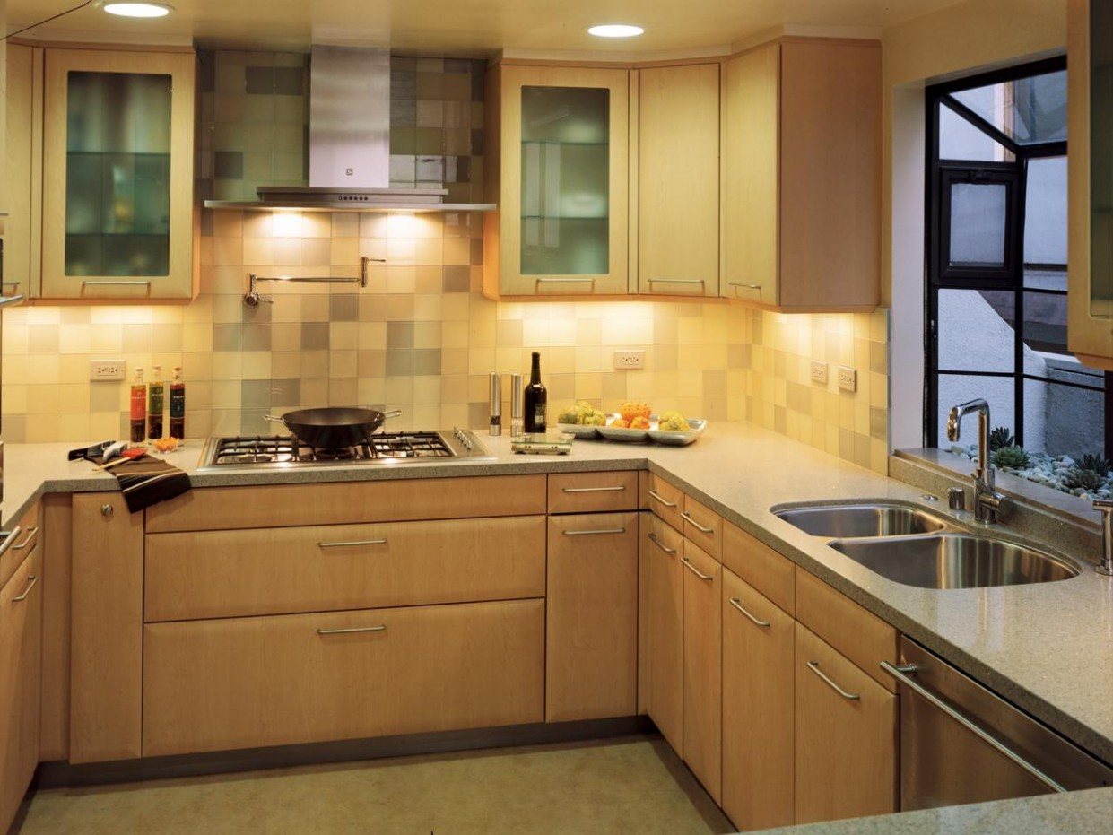 Kitchen Cabinet Prices: Pictures, Options, Tips & Ideas  HGTV - How Much Are Kitchen Cabinets Per Foot