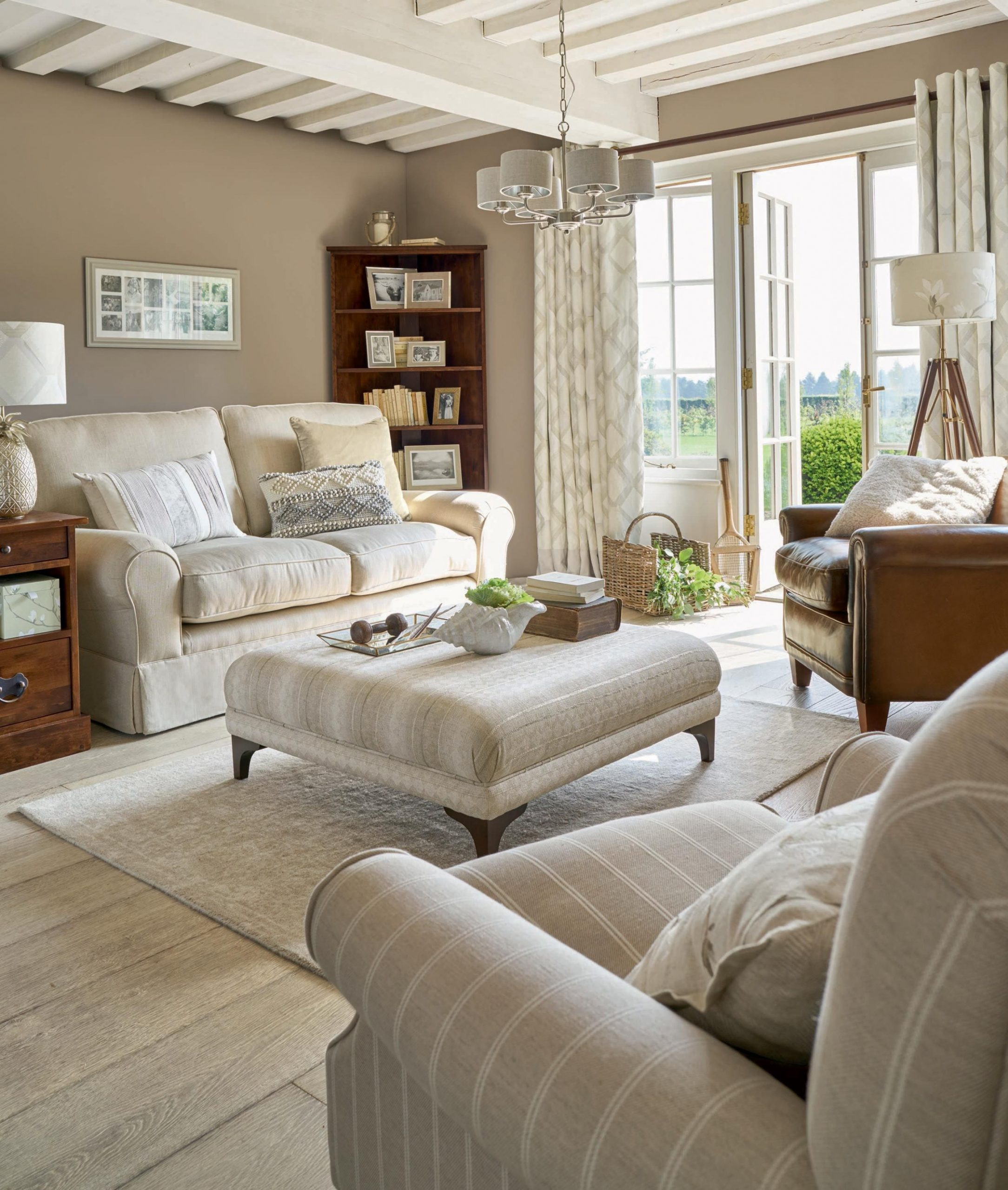 Laura Ashley Natural by Design Collection SS9  Cottage living  - Dining Room Ideas Laura Ashley