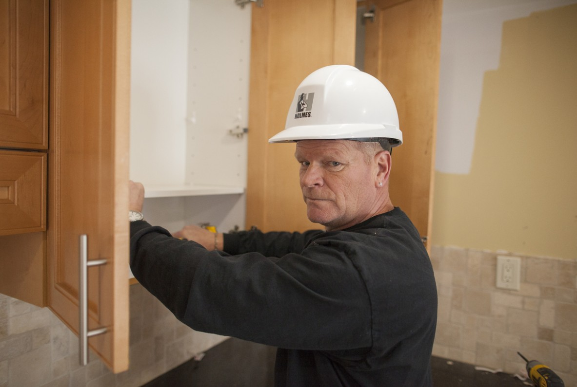 Mike Holmes Weighs In: Should I Paint, Reface or Replace My  - How To Reface Kitchen Cabinets With Paint