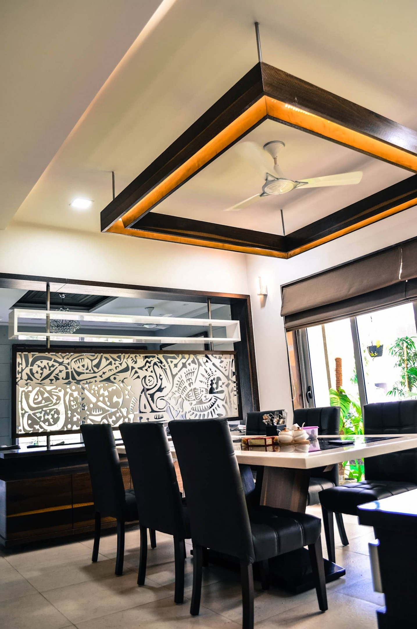 Modern dining room by homify modern  homify  Ceiling design  - Dining Room Ideas Homify