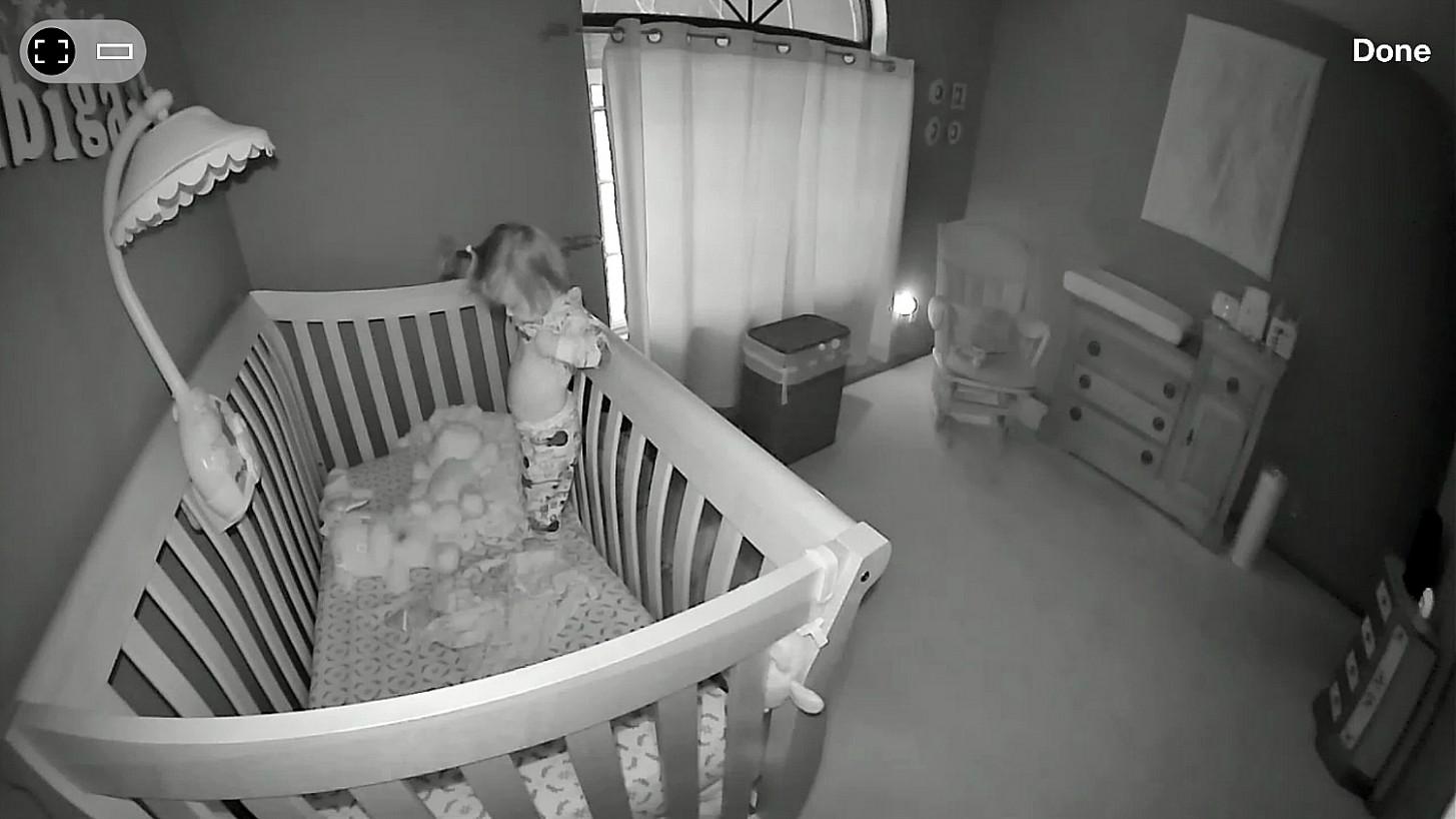 Monitor beautifully: Kodak Baby Monitoring System Review - Savvy  - Baby Room Camera