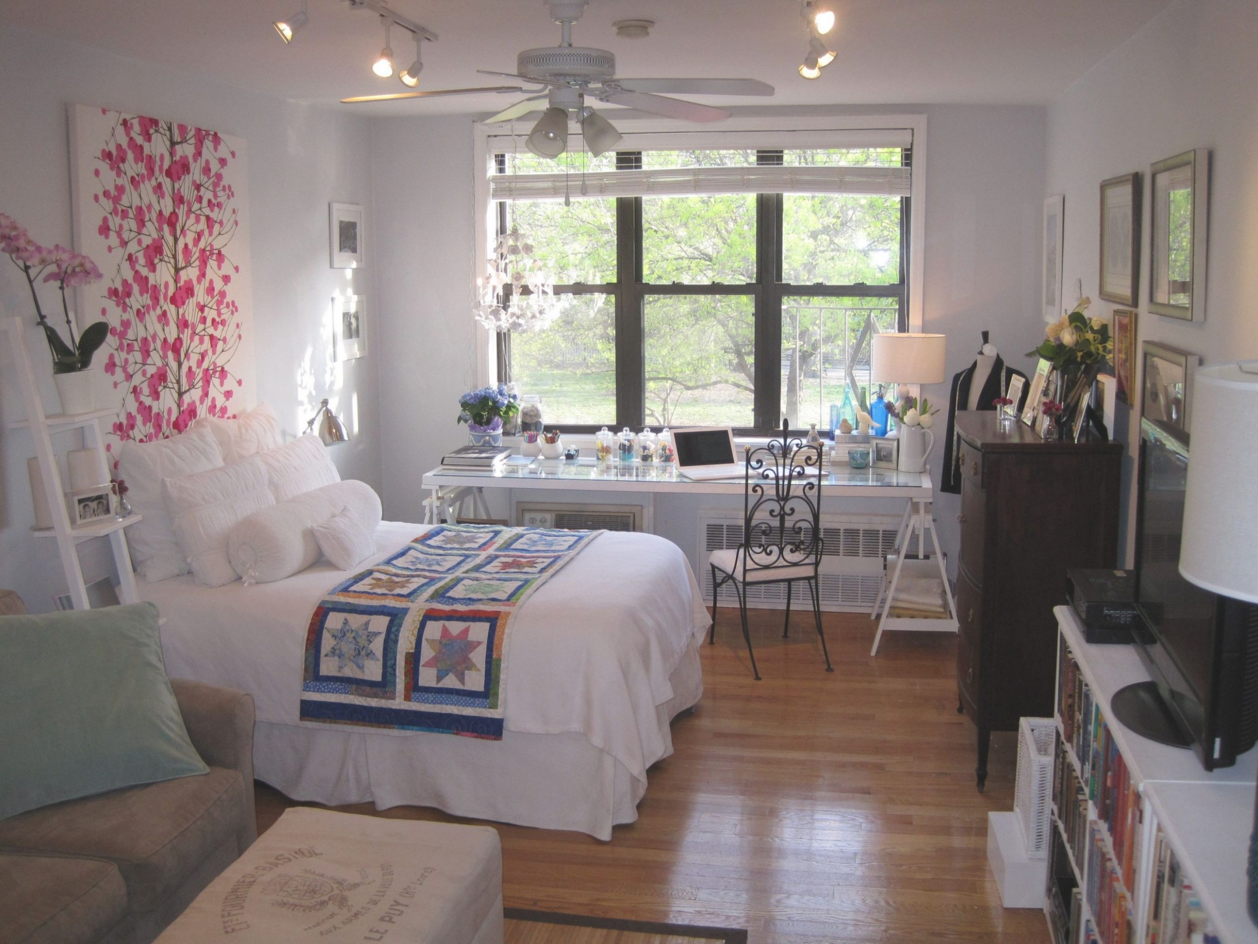 One Bedroom Apartments Decorating Ideas Awesome Cool Small  - One Bedroom Apartment Decorating Ideas With Photos