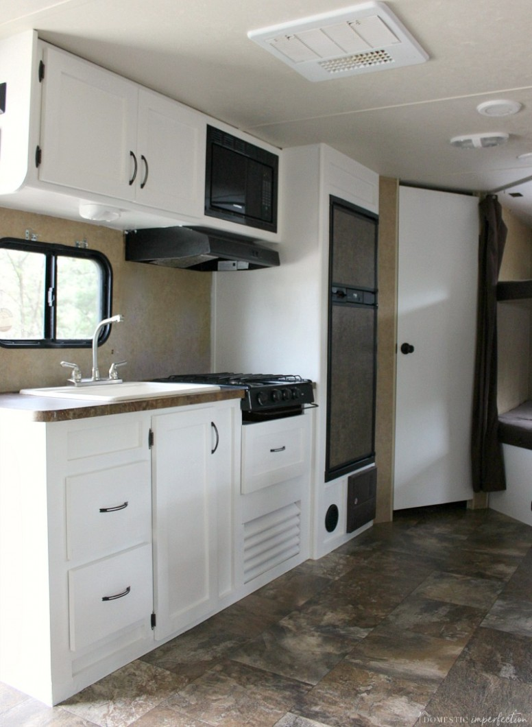 Painting RV Cabinets (and what I did wrong) - Domestic Imperfection - Motorhome Kitchen Cabinets